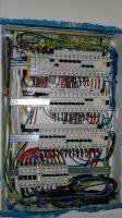 Montaż rozdzielnicy elektrycznej 2016-05-30.jpg